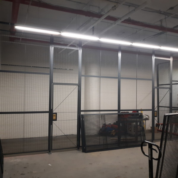 WireCrafters Wire Partition 16'H Single Hinged Gates