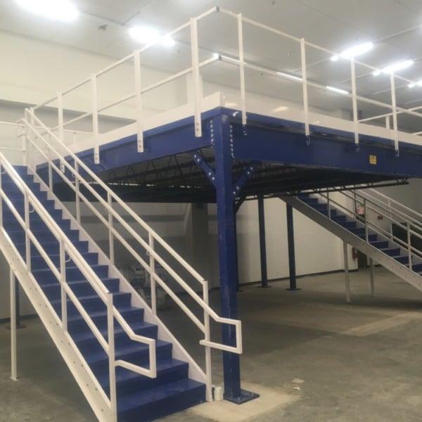 Mezzanine Work Platform Structural Steel Stairway